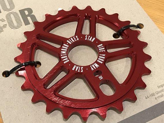 Dartmoor STAR BMX Kettenblatt rot 25T *NEU*
