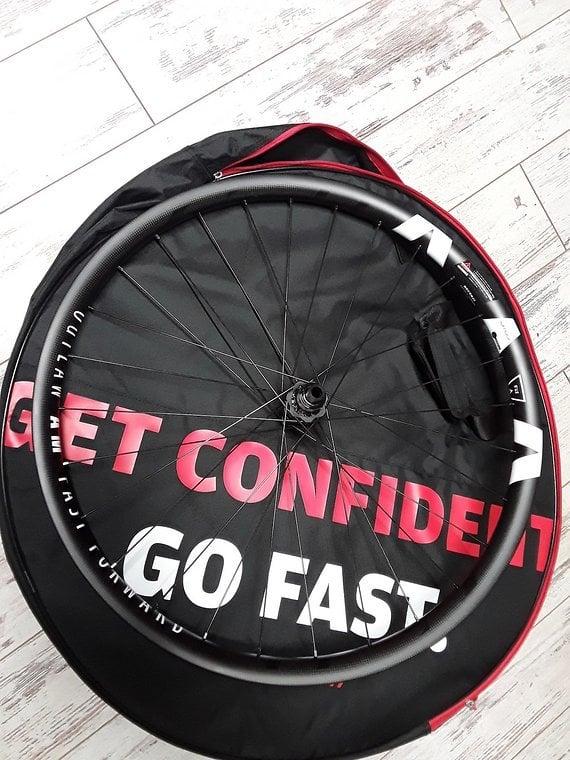 Ffwd  Fastforward Outlaw Carbon Boost Laufradsatz 27,5 DT Swiss 240 Naben