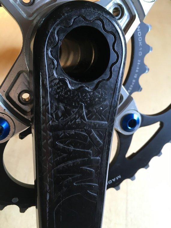 Tune BlackFoot Carbon Kurbelsatz 175mm mit Innenlager und Kettenblättern