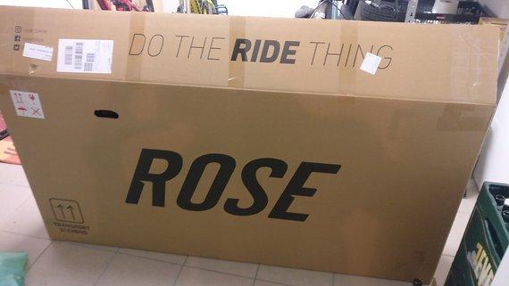Rose Versandkarton