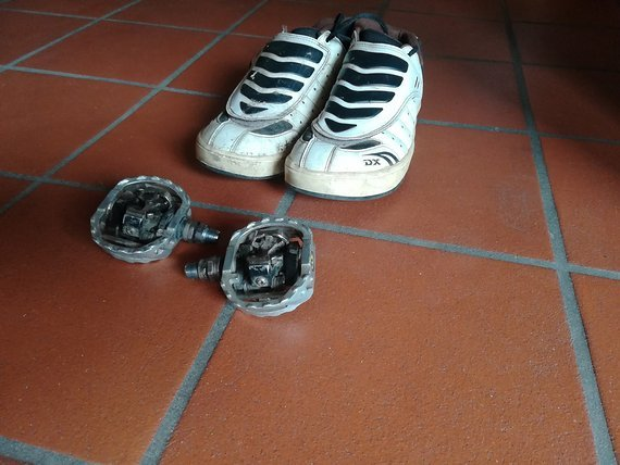 Shimano DX Klickschuhe + DX Pedale