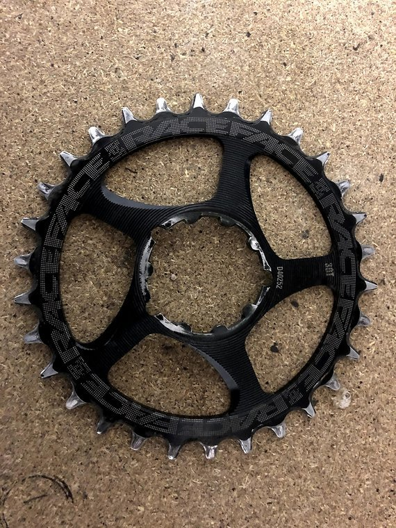 Race Face cinch narrow wide direct mount GXP 30T non Boost