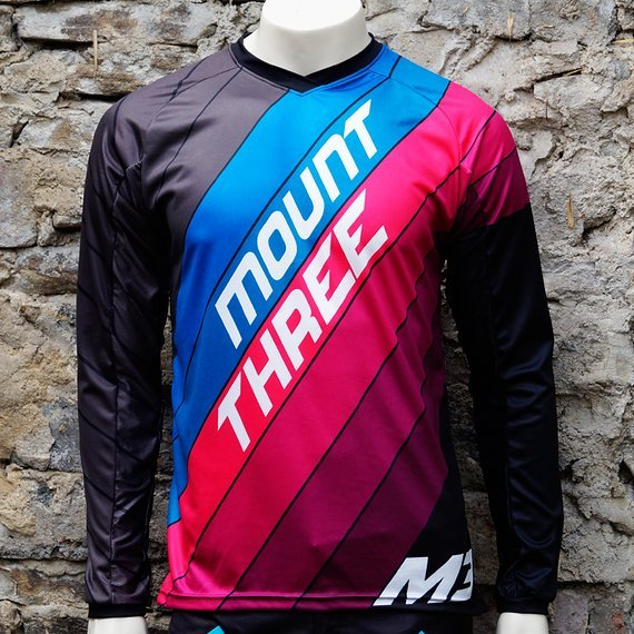 Mount Three Indie Rider Blue-Pink // 1x Größe M // Race Cut