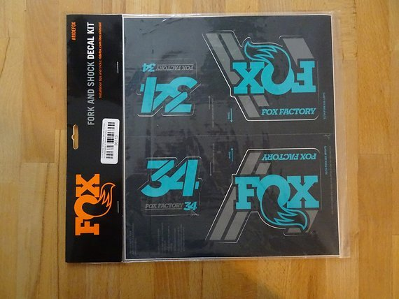Fox  Racing Shox Fox Sticker 2019