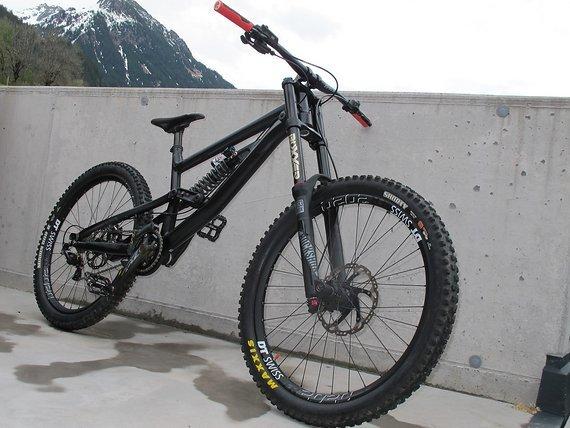 Canyon Torque DHX. Rockzone DH Bike, M (neuer Preis)